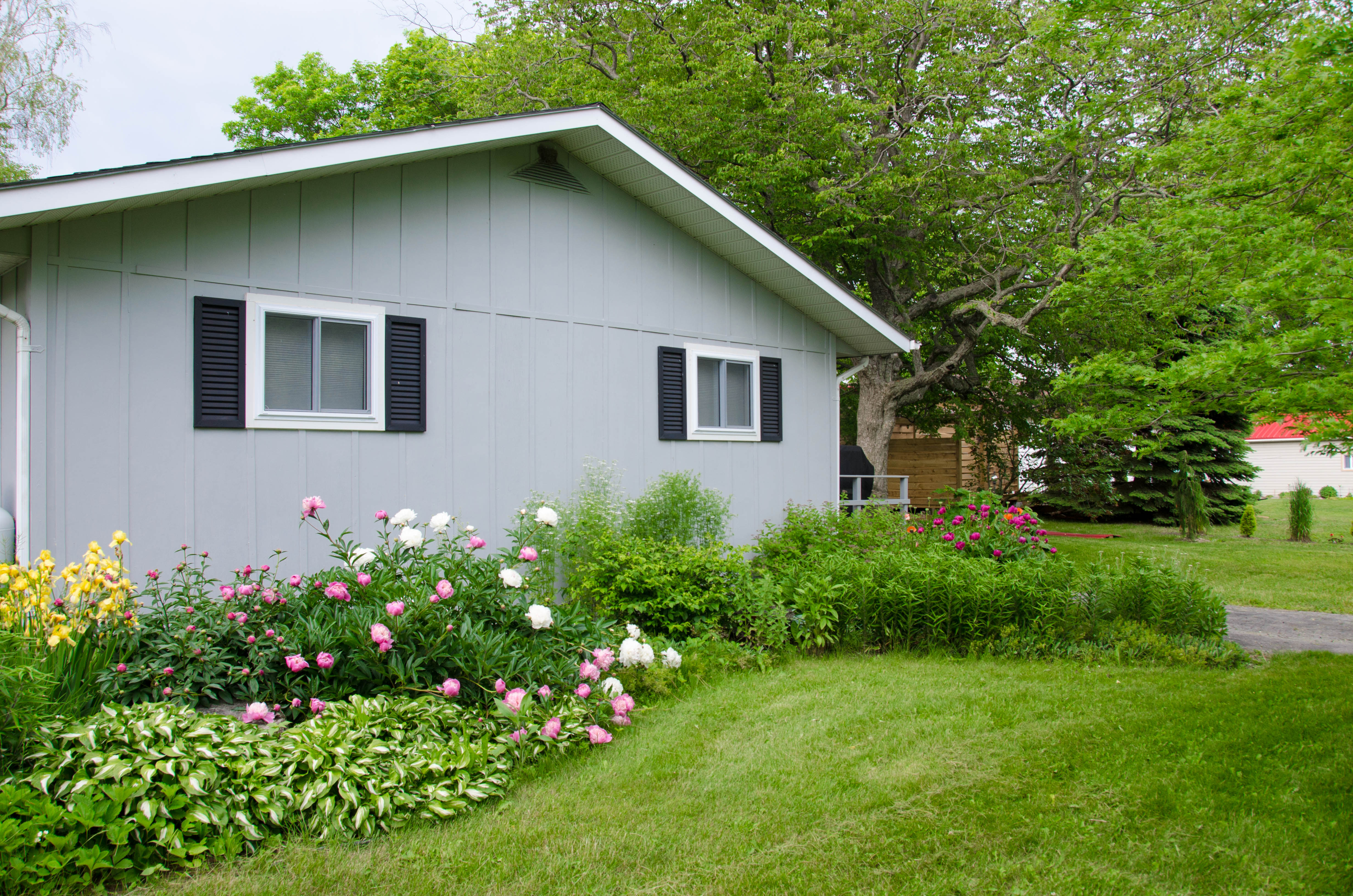 Prince edward county cottage rental garden