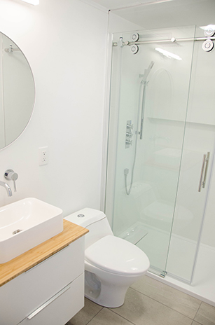 Prince edward county cottage rental bathroom