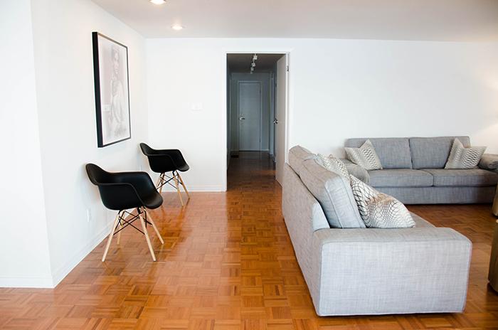 Prince edward county cottage rental living room